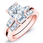 Sorrel – Cushion With Sidestones Diamond Wedding Set