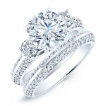 Thistle – Round With Sidestones Diamond Wedding Set